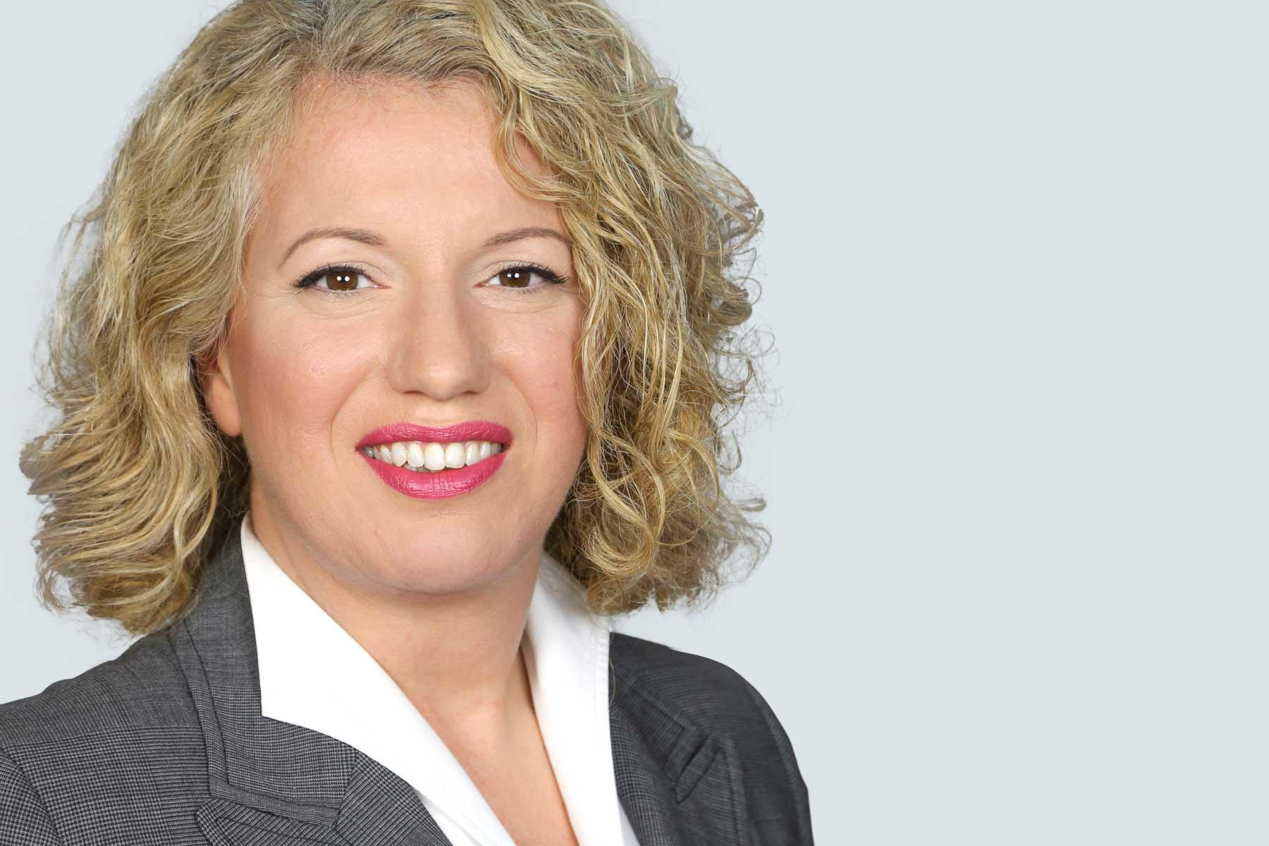 Frau Yeliz Kavak-Küstner