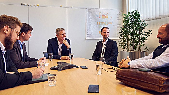 Feldtest E-Actros: Matthias Schadler im Interview