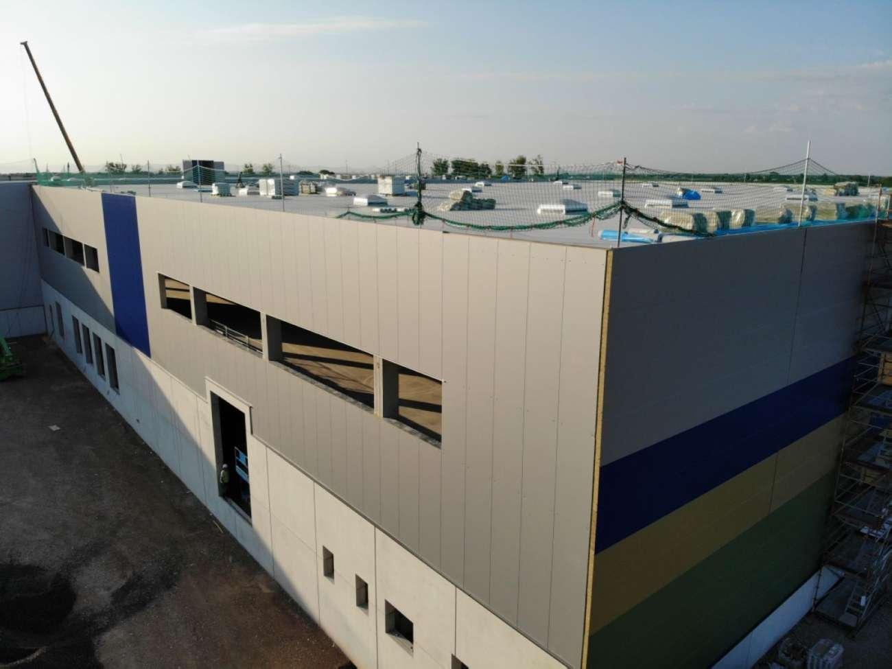 Hersteller von Baby-Produkten zieht mit gesamtem Warensortiment in Multicube Rheinhessen